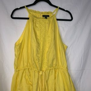 Sleeves yellow top